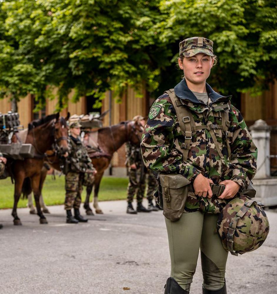 Frauen im Militär - Unterstützerin